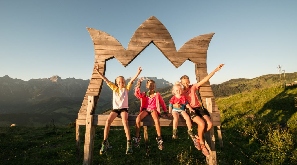 Kids with Logo of Hochkönig Region