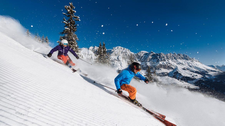 Skifahrer auf der Piste.