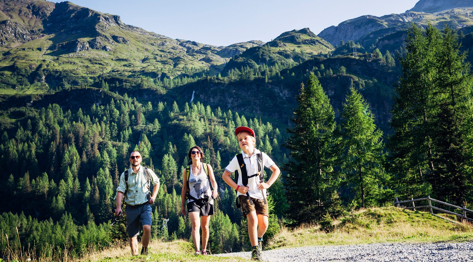 family hiking in the SalzburgerLand mountains
