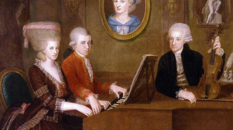 """Maria Anna (""""Nannerl"""") Mozart, ihr Bruder Wolfgang Amadeus Mozart, deren Vater Leopold"""