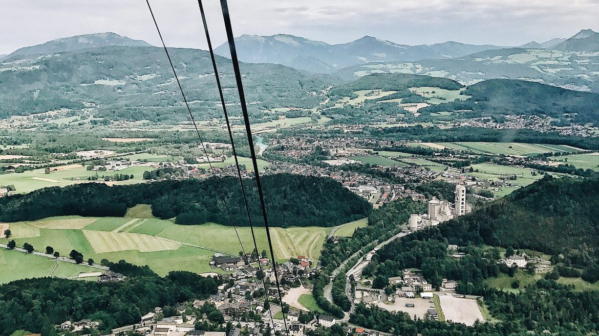 By cable car to Untersberg mountain