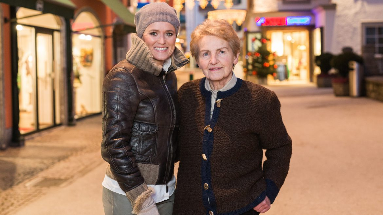 Alexandra Meissnitzer meets Resi Schafflinger in Gastein