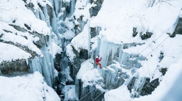 Ice climber in Zell am See-Kaprun
