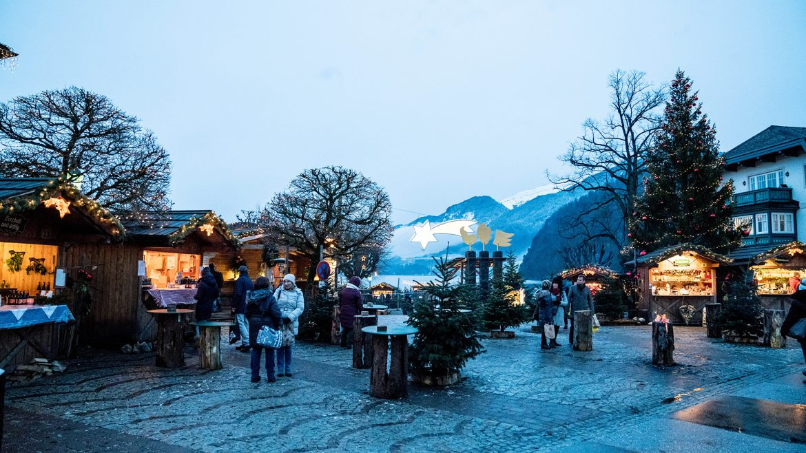 Christmas market in Strobl