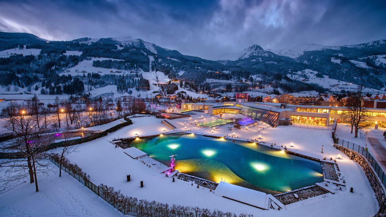 A Bad Hofgastein-i Alpentherme fürdő téli látképe, Alpentherme Bad Hofgastein