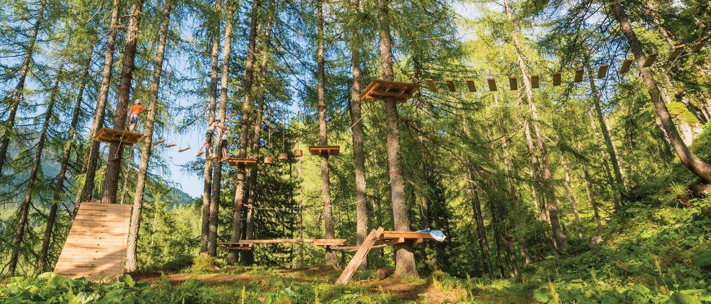 Az Almseilgarten kalandparkban kicsik és nagyok is próbára tehetik ügyességüket, Almseilgarten Obertauern