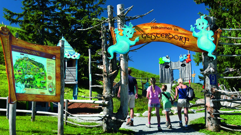 Ingresso al Gesiterberg, il Monte degli Spiriti, parco giochi per bambini a St. Johann