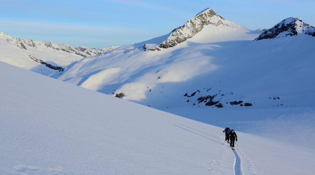 Sci alpinisti tra le cime del Parco Nazionale Alti Tauri