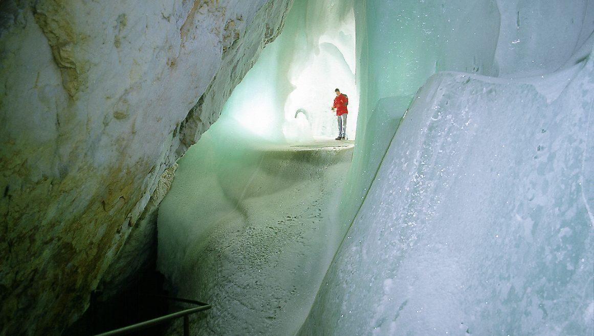 grotte di ghiaccio interno
