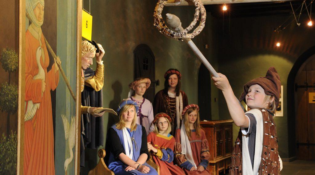 Een familie beleeft de Middeleeuwen