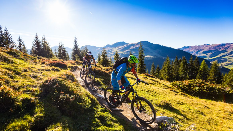 Twee freeriders onderweg in bikers paradise SalzburgerLand