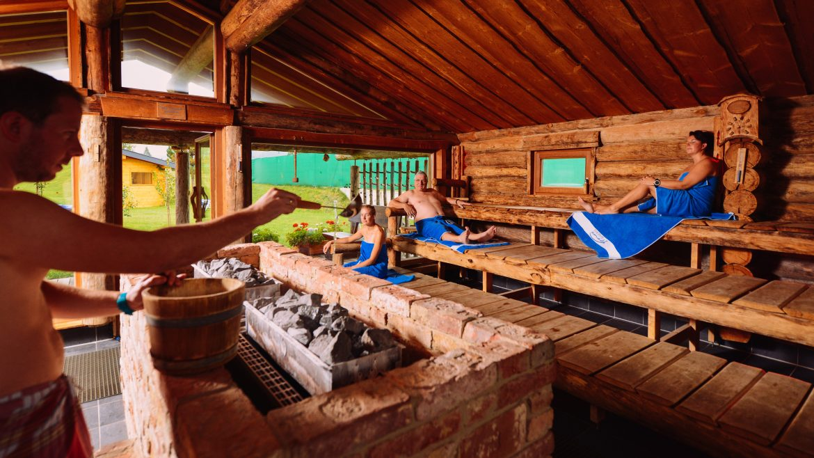 Panorama sauna in Erlebnis-Therme Amadé in Altenmarkt